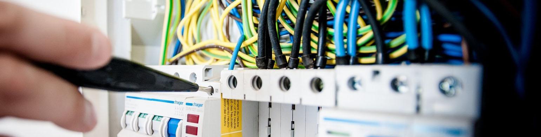 Oferta - Usługi elektryczne i remontowe.